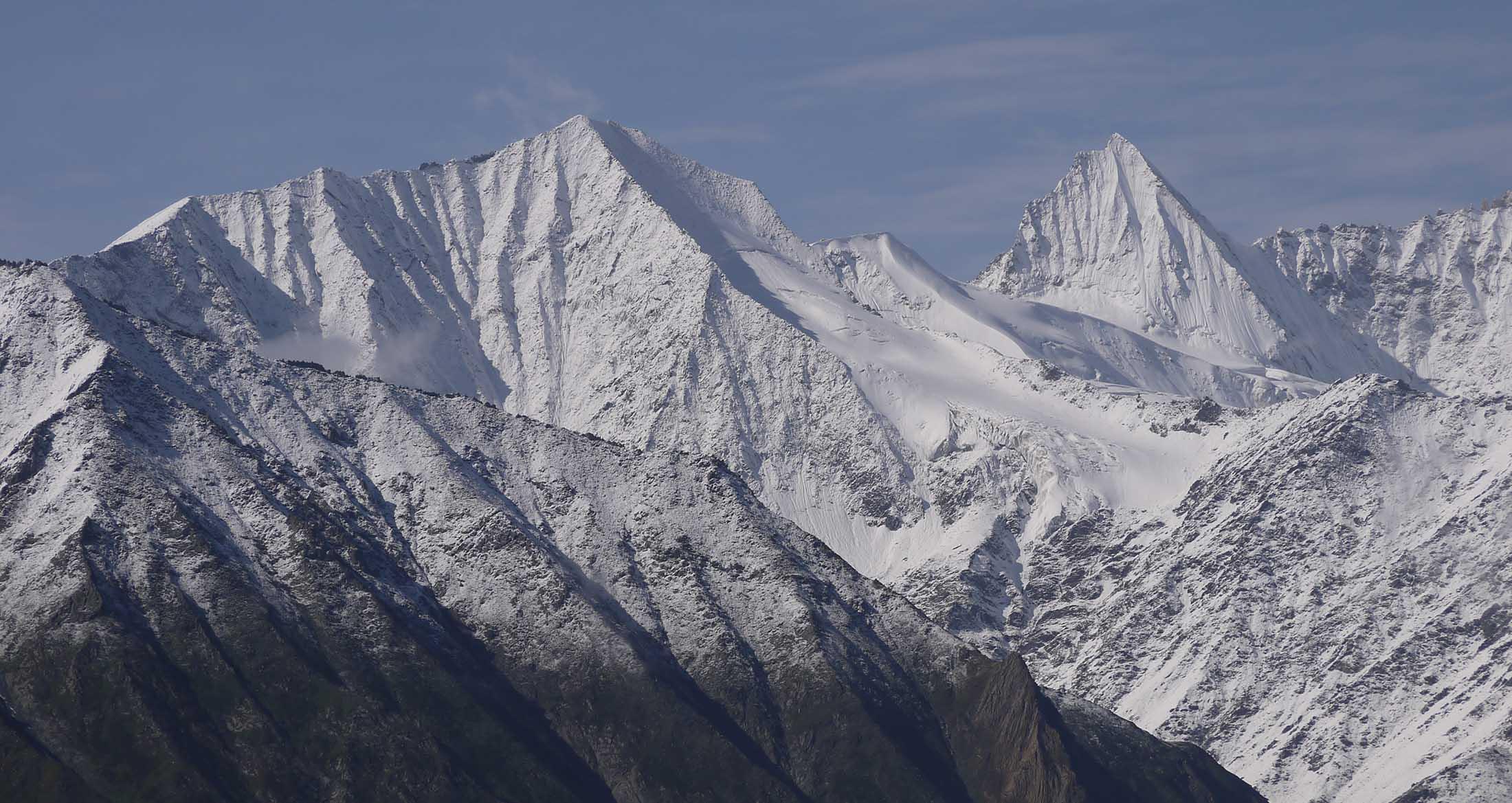 Meister des Himalayas Slider Hintergrund