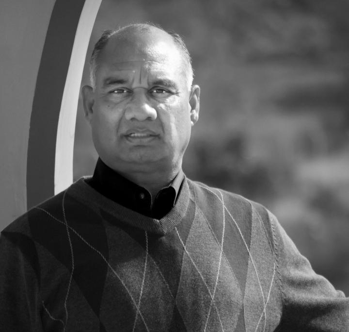 Pandit Rajmani Tigunait auf dem HI Campus in Khajuraho, Indien