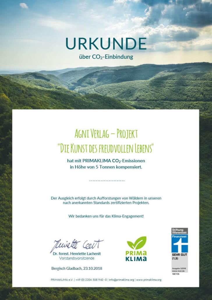 CO2-Zertifikat Buch Kunst des fruedvollen Lebens Primaklima e.V.